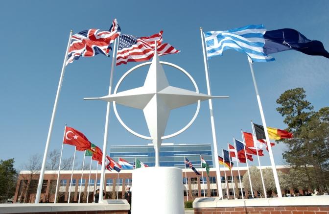 NO alle sanzioni alla Russia e SI allo smantellamento della NATO per liberare l'Europa