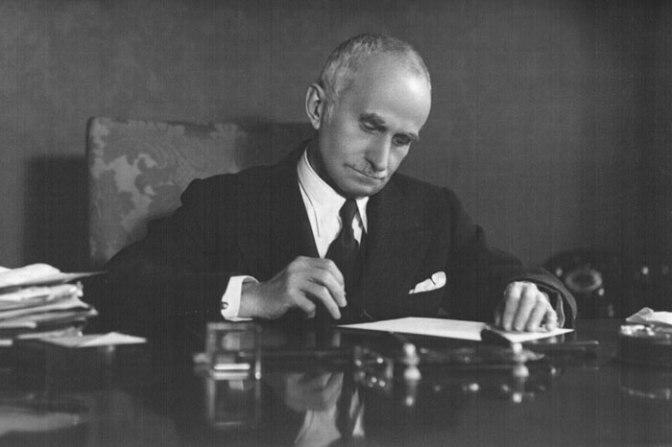Luigi Einaudi socialismo convergenza capitalismo